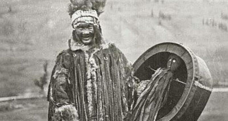 Şaman Büyücü