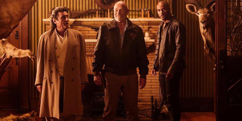 Bay Çarşamba (Ian McShane), Vulcan (Corbin Bernsen), Shadow (Ricky Whittle)