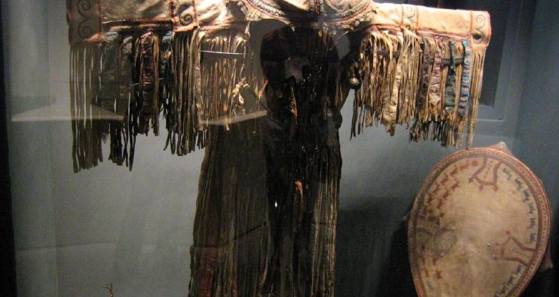 şaman kostümü
