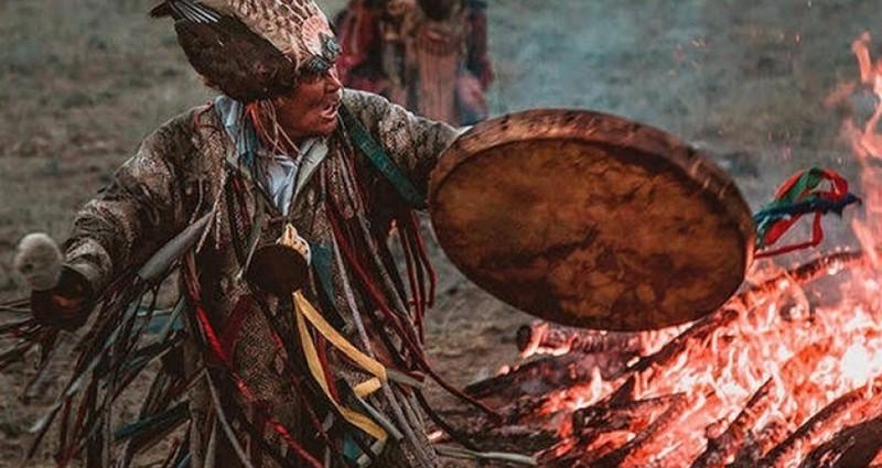 şaman tefi