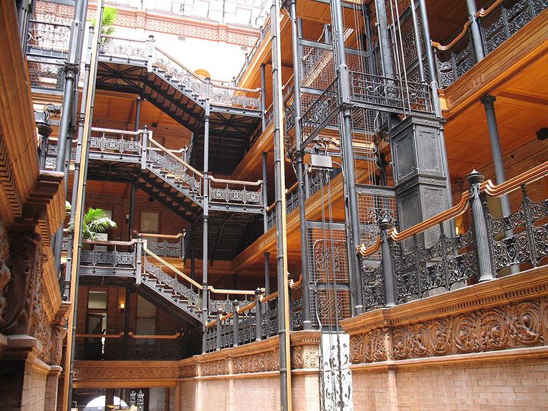 Bradbury Binası Steampunk