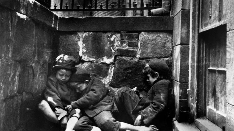 Jacob Riis - How the Other Half Lives