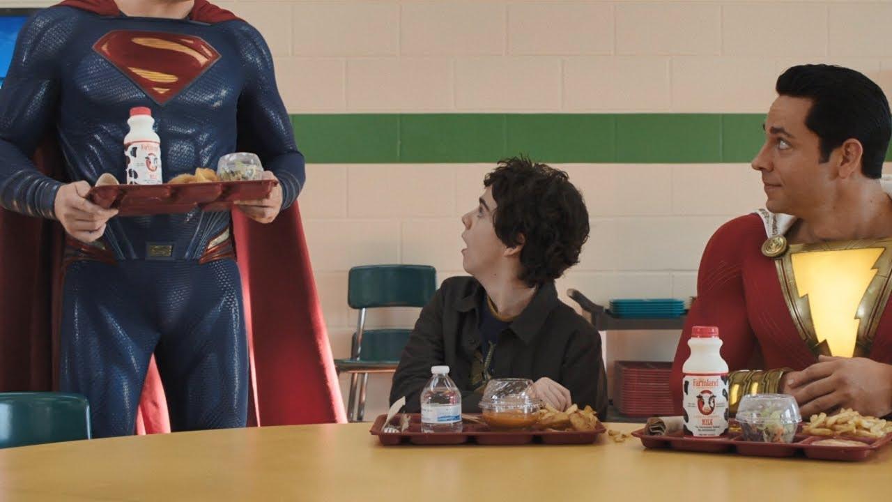 shazam superman sahne