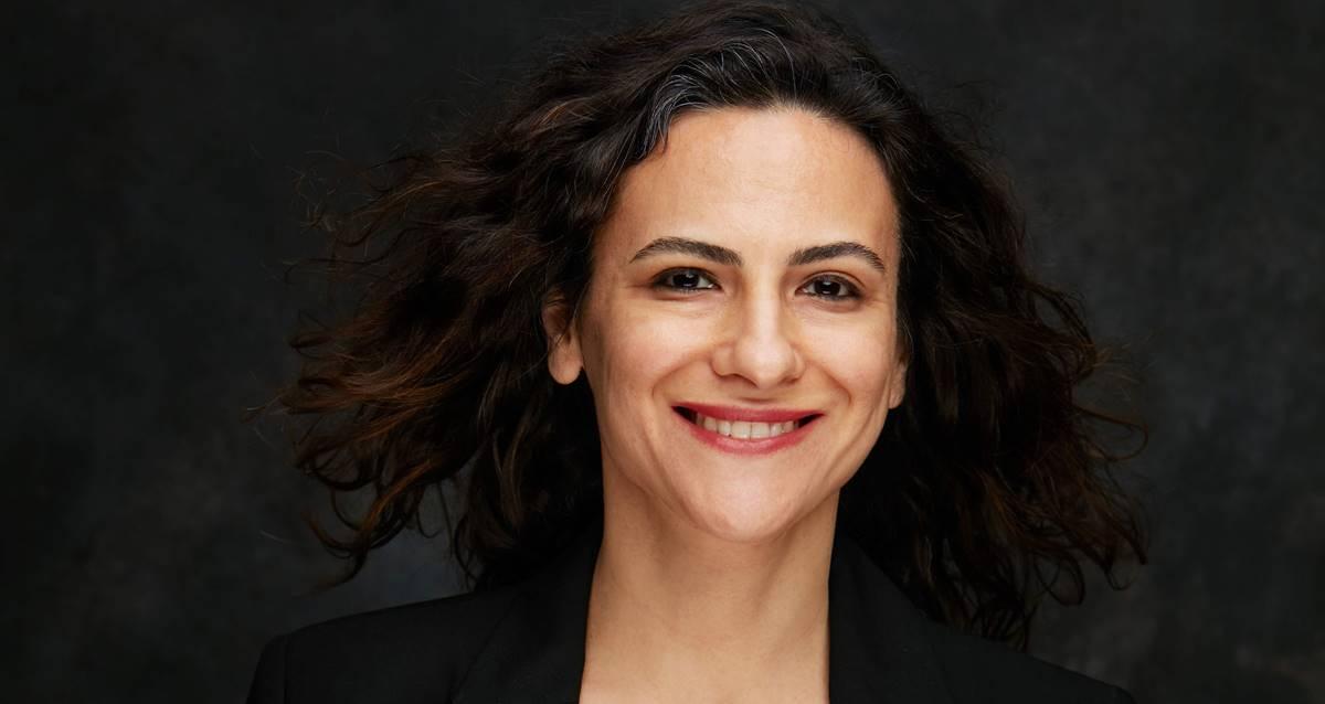 Duygu Asena Roman Ödülü Irmak Zileli Son Bakış