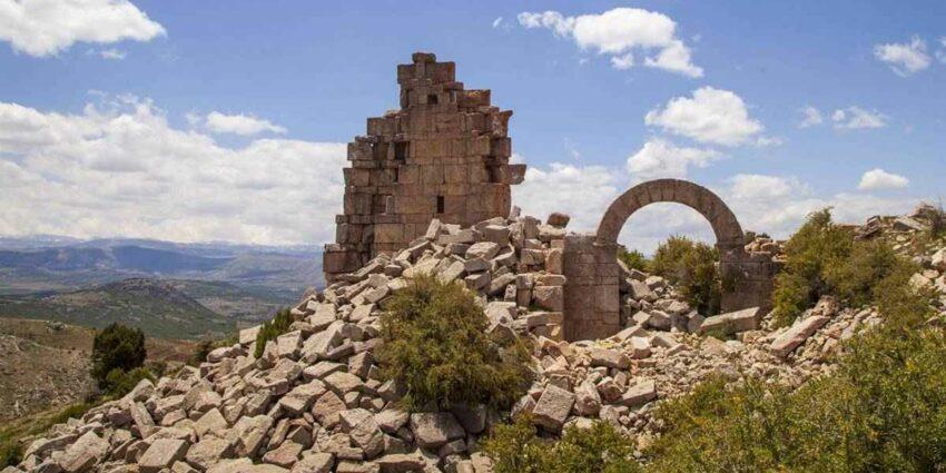 İsaura Antik Kenti