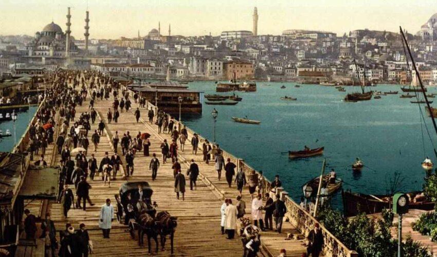 Türkiye'de Geçen En İyi 10 Kitap