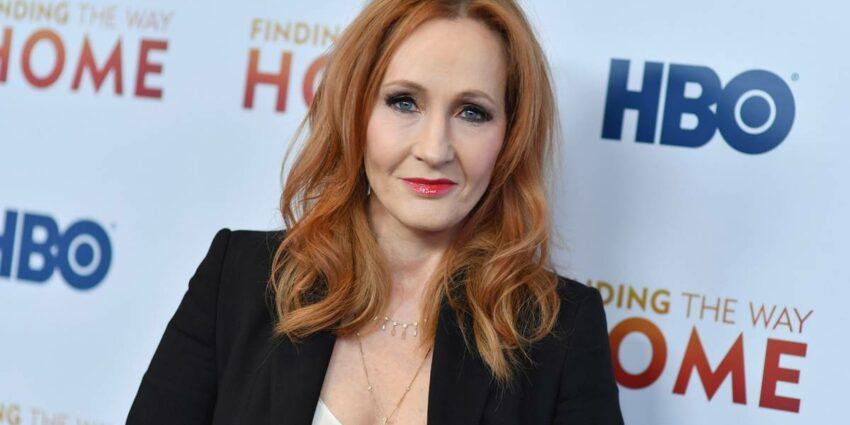 J.K. Rowling Hayatı Açıklama