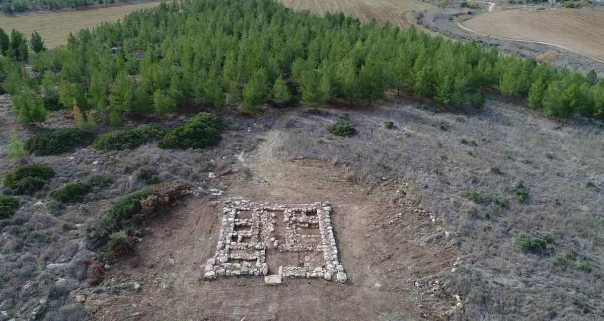 Mısır Yapımı Galon Kalesi