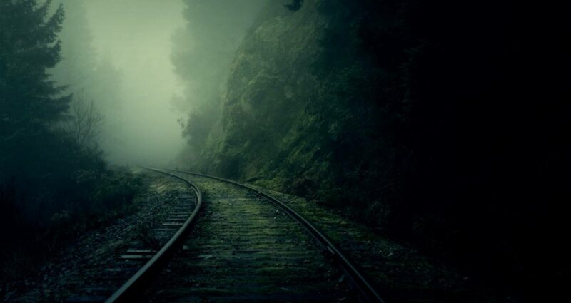 Demiryolu Tren