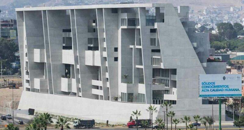Universidad de Ingenieria y Tecnologia, Lima