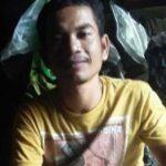 Endonezyalı Gök Taşı Zengin