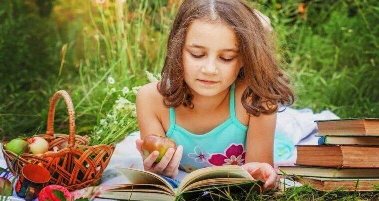 Kitaplarla Dolu Evde Büyümek Araştırma