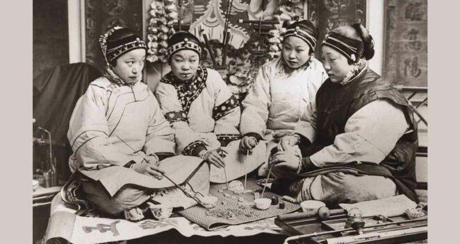Çinli kadınların konuştuğu gizli dil