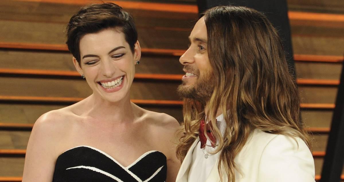 WeCrashed Dizisi Jared Leto - Anne Hathaway