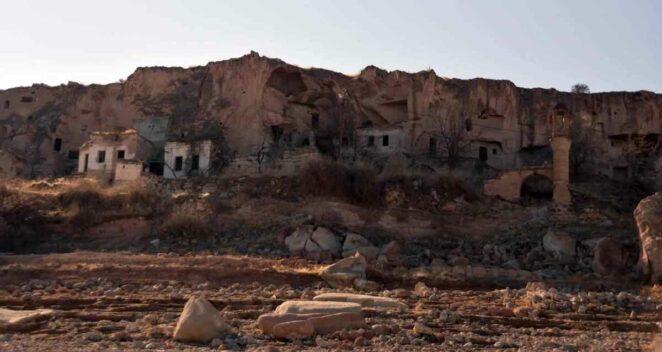 Yamula Barajı Kayseri Mezarlık Sular