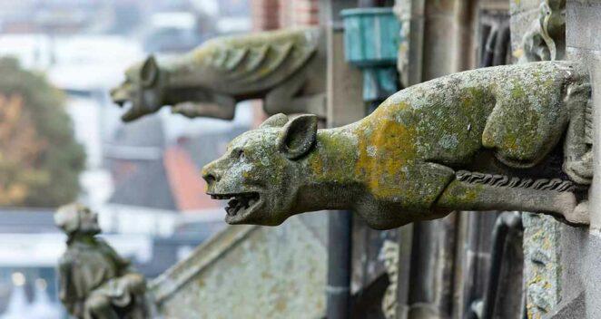 Gargoyle heykeller