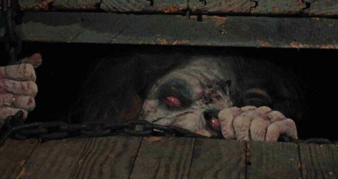 The Evil Dead yaşayan ölü