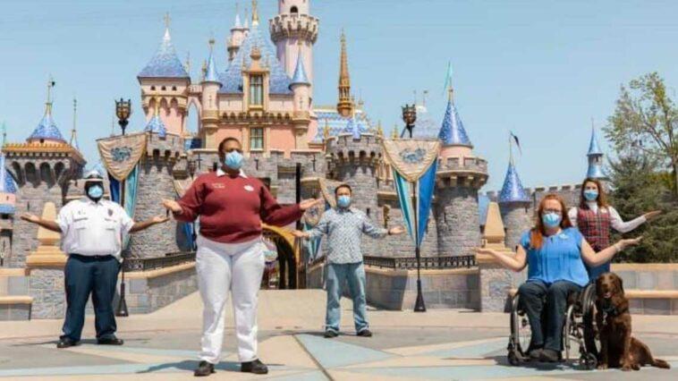 Disney cinsiyetsiz kıyafet