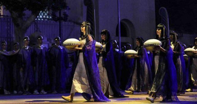 firavun geçit töreni