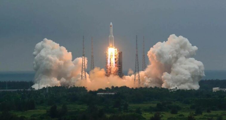 Çin Uzay Aracı Dünya düşecek türkiye tehlike