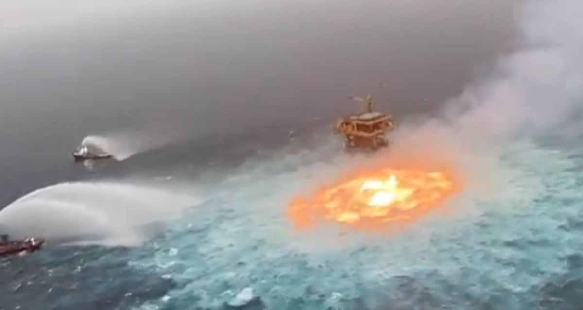 Meksika Körfezi yangın okyanus