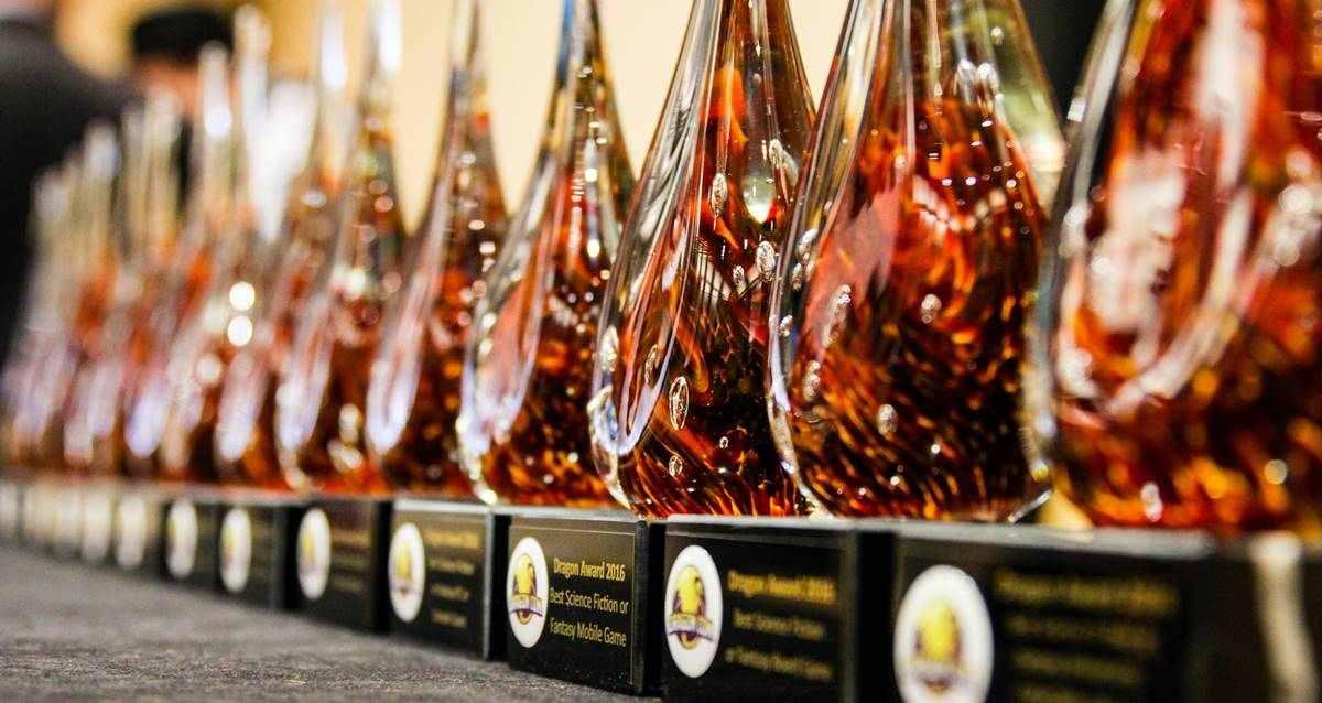 2021 Dragon Awards Kazananları