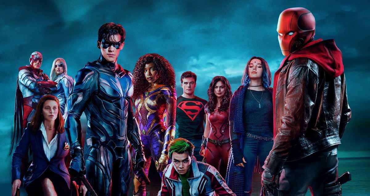 Titans 4. sezon onayı
